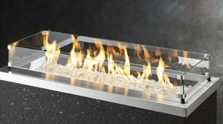 Wind Guard for Linear Fire Pit